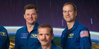 ۳ فضانورد ایستگاه فضایی بین المللی توسط کپسول سایوز به زمین بازگشتند
