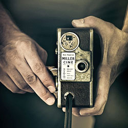 10 دلیل برای اینکه عکاسان مبتدی باید سعی کنند عکاسی را با دوربین های آنالوگ دستی یاد بگیرند